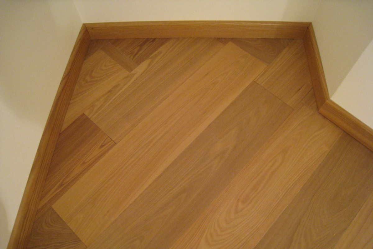 PACOFER -  La cura nei dettagli nella posa di pavimenti in legno